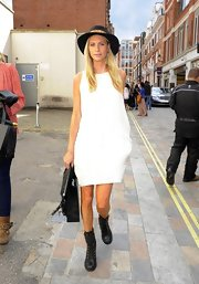 Poppy Delevingne kept things simple with this black-and-white look.