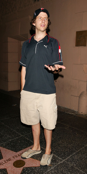 Jamie Kennedy's choice of slip-on footwear proves that he is a no-nonsense man who consistently chooses comfort in any sartorial situation.