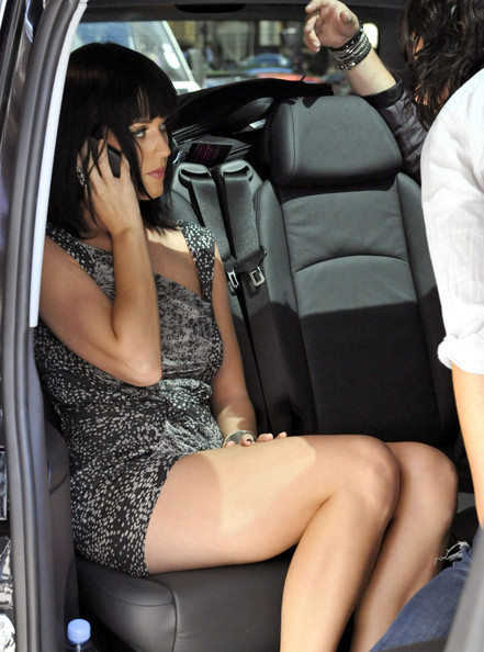 More Pics of Katy Perry Print Dress (1 of 3) - Katy Perry Lookbook - StyleBistro []