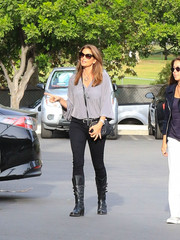 Cindy Crawford kept it relaxed in a gray tunic and black skinny jeans while out and about in LA.