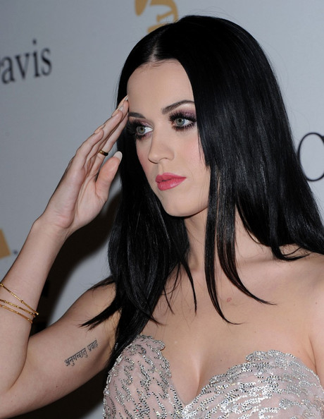 More Pics of Katy Perry Long Straight Cut (1 of 14) - Long Hairstyles Lookbook - StyleBistro []