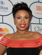 Jennifer Hudson attended Clive Davis' pre-Grammy gala wearing a cool spiked 'do.