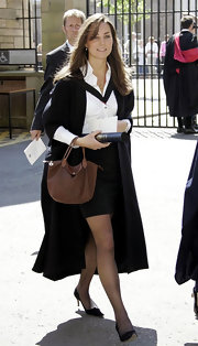Kate Middleton carried a brown leather tote bag on graduation day.