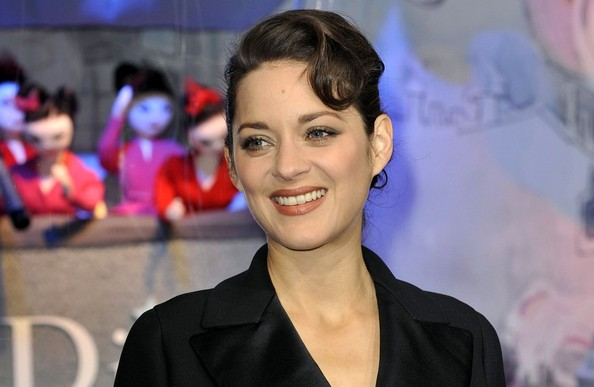 More Pics of Marion Cotillard Evening Coat (4 of 12) - Marion Cotillard Lookbook - StyleBistro