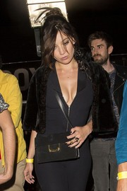 Daisy Lowe finished off her look with a cute gold statement ring.