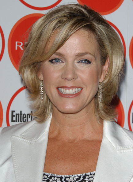 Deborah Norville Layered Razor Cut []