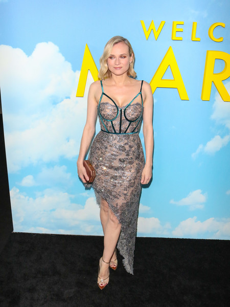 Diane Kruger Satin Clutch []
