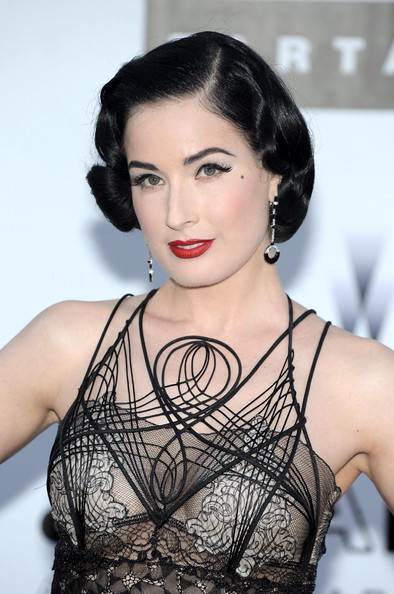 More Angles of Dita Von Teese Finger Wave