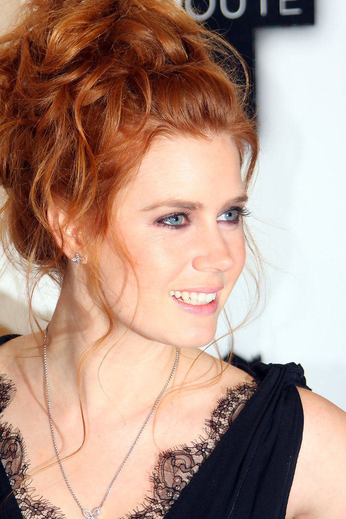 More Pics Of Amy Adams Messy Updo 2 Of 4 Amy Adams