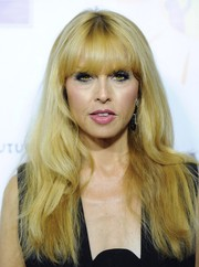 Rachel Zoe styled her hair with subtle waves and her usual eye-grazing bangs for the Dream for Future Africa Foundation Gala.