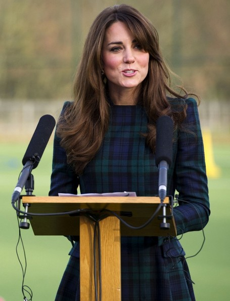 More Pics of Kate Middleton Print Dress (1 of 11) - Kate Middleton Lookbook - StyleBistro