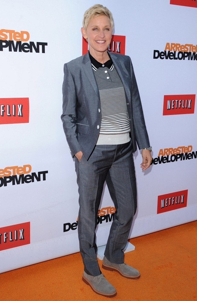 Ellen Rocked A Metallic Gray Suit Over Striped Polo For Her Casual But Sophisticated Red