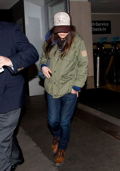 More Pics of Ellen Page Skinny Jeans (4 of 14) - Jeans Lookbook - StyleBistro
