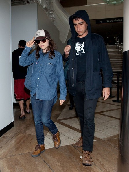 More Pics of Ellen Page Denim Shirt (4 of 7) - Ellen Page Lookbook - StyleBistro