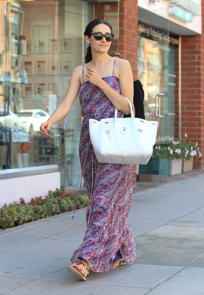 Look Of The Day Emmy Rossums Summer Street Style