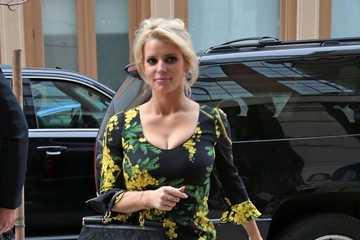 Eric Johnson Jessica Simpson Jessica Simpson and Eric Johnson Go Shopping