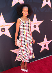 Kerry Washington looked effortlessly stylish in a colorful houndstooth tweed dress by Oscar de la Renta during Eva Longoria's Hollywood star ceremony.
