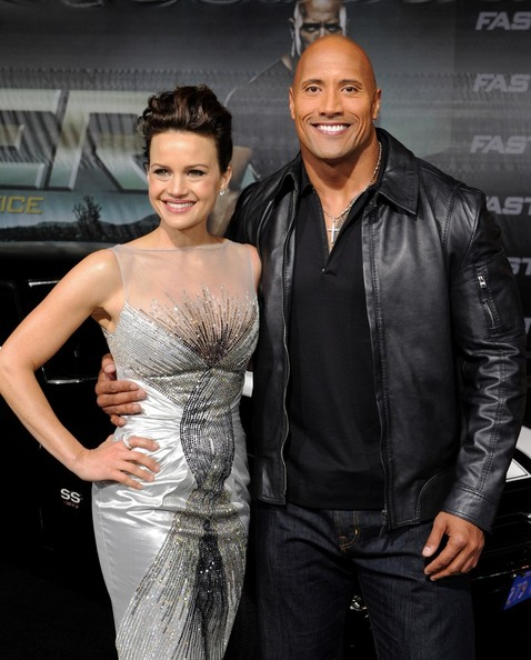 More Pics of Carla Gugino Pompadour (1 of 25) - Pompadour Lookbook - StyleBistro