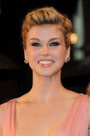 Adrianne Palicki kept her eyes the center of attention with dark and heavy lashes.