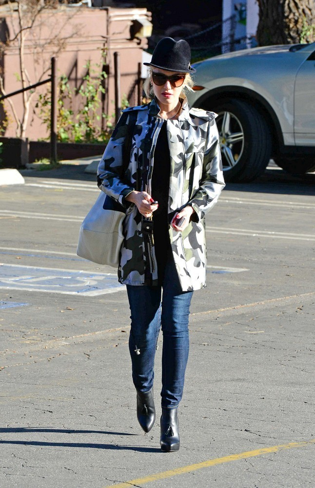 After dropping her son, Zuma, off at school, Gwen Stefani goes shopping at Marshalls in Studio City.