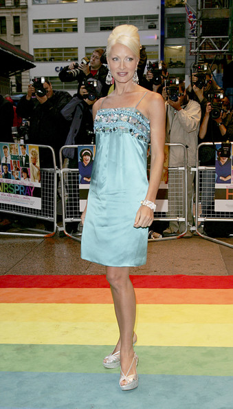 Posing for the paparazzi at the 'Hairspray' premiere in London, Caprice looked beautiful in her baby blue embellished evening dress.