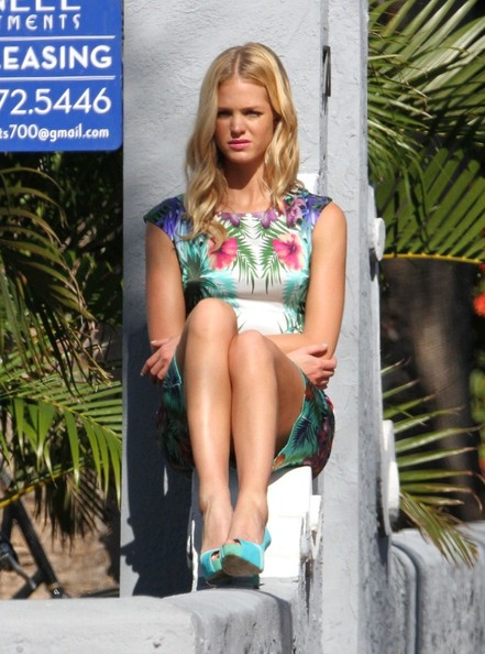 More Pics of Erin Heatherton Print Dress (3 of 14) - Erin Heatherton Lookbook - StyleBistro