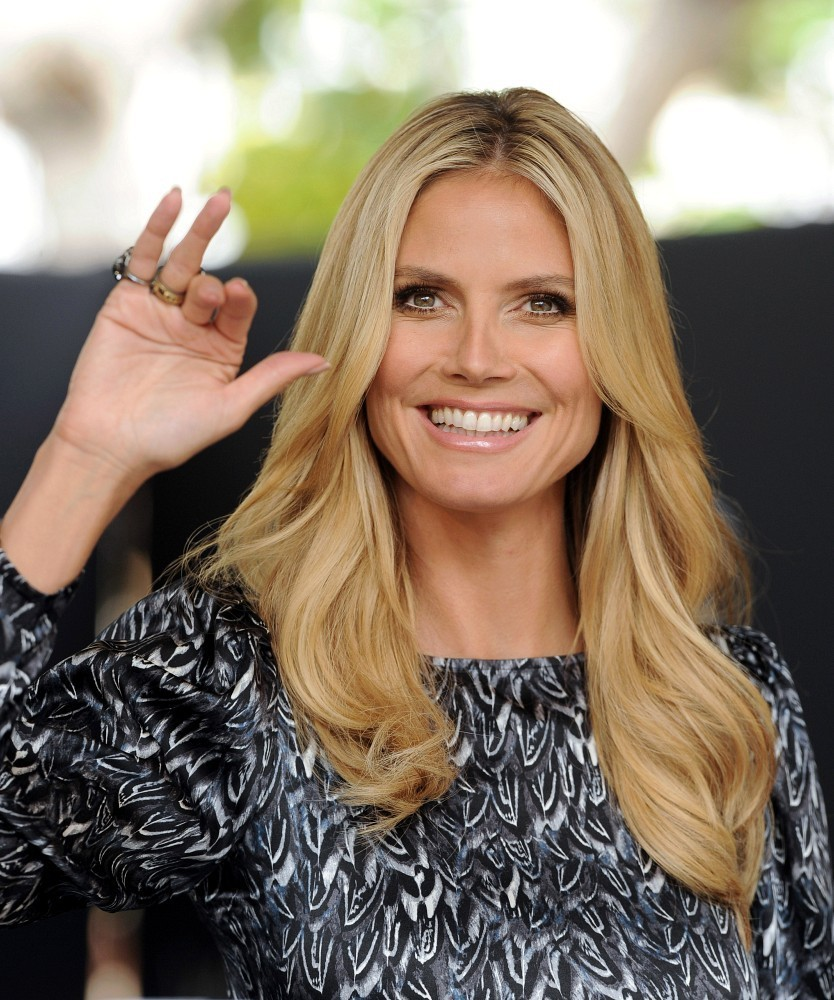"Heidi Klum Kicks Off the ""Right End"" Hair Revolution with Clear Scalp & Hair Beauty Therapy..The Grove, Los Angeles, CA..May 1, 2013..Job: 130501A1..(Photo by Axelle Woussen / Bauer-Griffin)..Pictured: Heidi Klum."