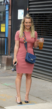 A pair of paneled pumps finished off Hilary Duff's outfit.