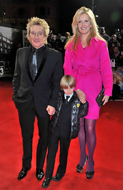 Penny Lancaster carried an animal printed purse at the 'Hugo' premiere.