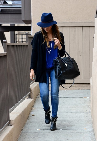 More Pics of Jessica Alba Leather Tote (1 of 24) - Jessica Alba Lookbook - StyleBistro