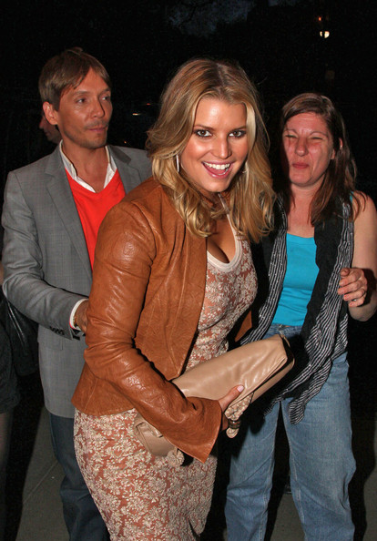 Jessica Simpson at Her Hotel