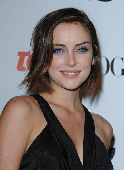 Jessica Stroup Gold Hoops