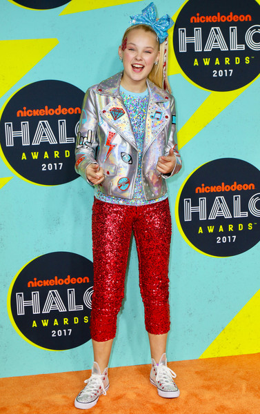 JoJo Siwa Capri Pants [jojo siwa,nickelodeon halo awards,pier 36,new york city]