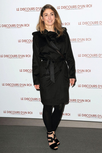 Julie Gayet Clothes