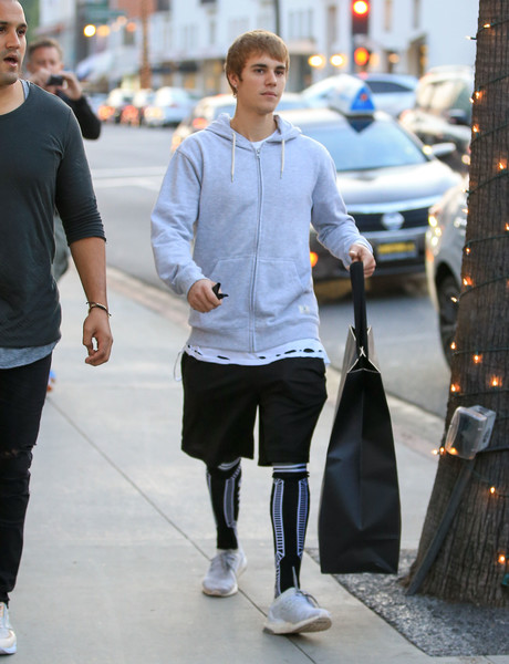 Justin Bieber's KTZ intarsia knit socks definitely made his outfit more interesting!