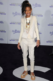 Willow went the equestrian route in a pair of white skinny pants at the premiere of 'Justin Bieber: Never Say Never.'