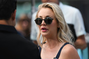 Kaley Cuoco kept her shades on while doing an interview on 'Extra.'
