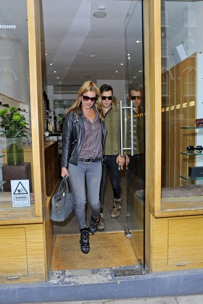 More Pics of Kate Moss Skinny Jeans (1 of 33) - Skinny Jeans Lookbook - StyleBistro