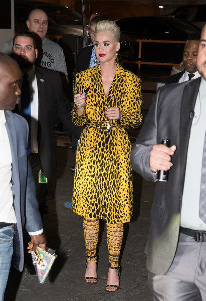 Katy Perry Printed Coat []