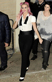 Katy Perry was spotted leaving the 'X-Factor' studios in the UK wearing a pair of high-waisted tuxedo inspired pants.
