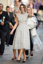 Keira Knightley looked downright darling in an Erdem polka-dot dress, featuring ruffle cap sleeves and a ladylike silhouette, during her 'Jimmy Kimmel Live!' appearance.