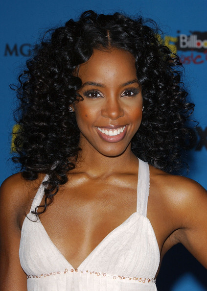 kelly rowland hair highlights. kelly rowland hair 2011.