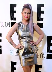 How's this for an out-there 'do? Kelly Osbourne went Little Pony-chic with this purple tail.