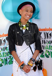 Willow Smith added more character to her look at the Kids' Choice Awards with this black hat.