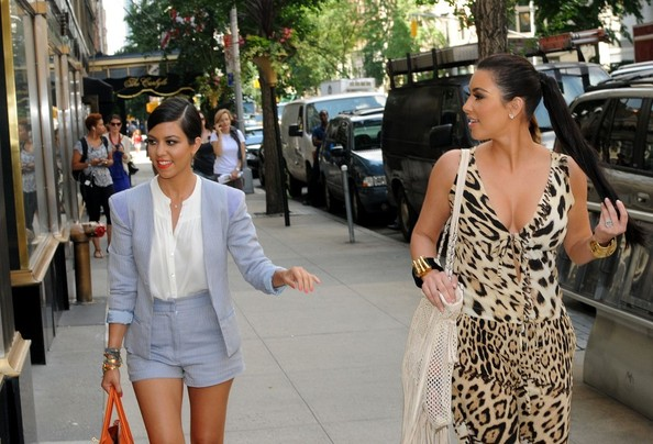 http://www4.pictures.stylebistro.com/bg/Kim+Kourtney+shop+wedding+dresses+_isP8hYcwn6l.jpg