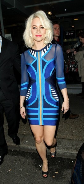 More Pics of Kimberly Wyatt Print Dress (1 of 6) - Kimberly Wyatt Lookbook - StyleBistro