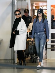 Kendall Jenner was spotted wearing a pair of Stunner Ankle Fray Jeans in 'Graffiti Girl'.
