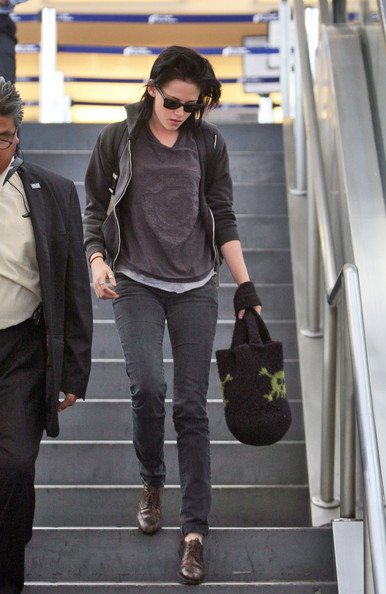 Kristen Stewart Flat Oxfords