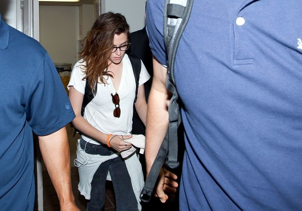 More Pics of Kristen Stewart Canvas Sneakers (1 of 16) - Athletic Shoes Lookbook - StyleBistro
