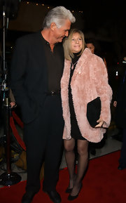 Barbra Streisand battled the chill in style with a pink fur coat at the premiere of 'A Guy Thing.'